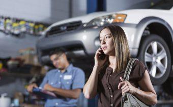 A oficina mecânica pode reter o carro de cliente que se recusa a pagar?